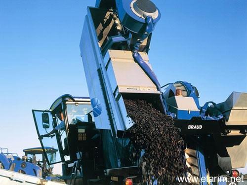 üzüm toplama makinesi