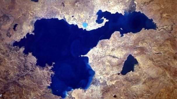 van gölü uydu görünümü