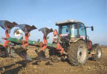 pulluk,traktör