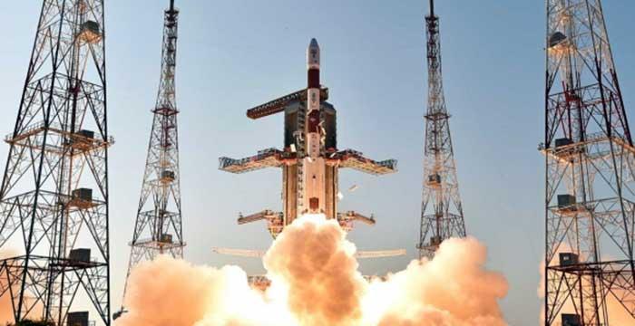 Tek roket ile 104 uyduyu uzaya çıkardı