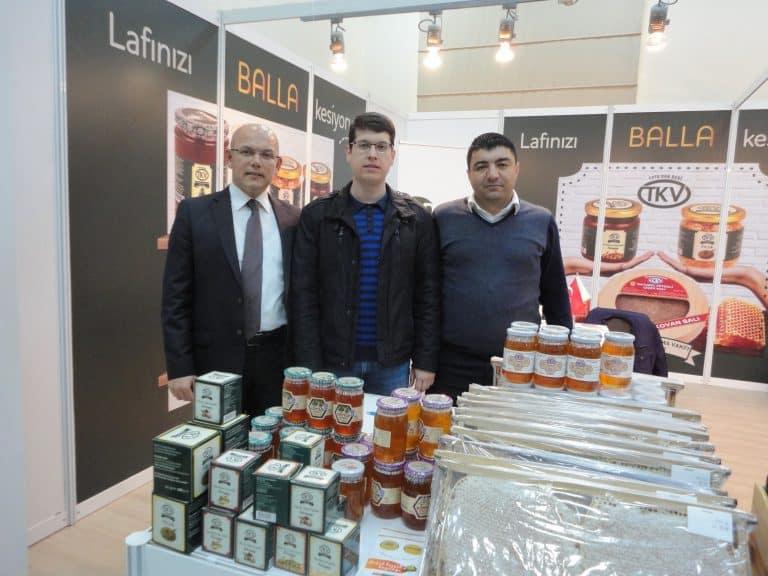ETARİM.NET ailesi olarak Üreticiden Tüketiciye İstanbul Bal ve Arı Ürünleri Fuarını Ziyaret Ettik