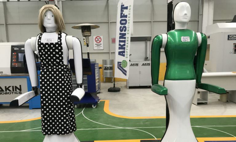 Türkiye'nin ilk insansı robot fabrikası açıldı