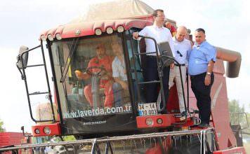 İmamoğlu hasat şenliğine katıldı, biçerdövere bindi: İstanbul, tarımıyla da bereketli