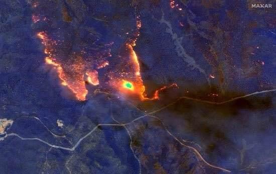 Bir kıta yanıyor! İşte Nasa'nın gözünden Avustralya