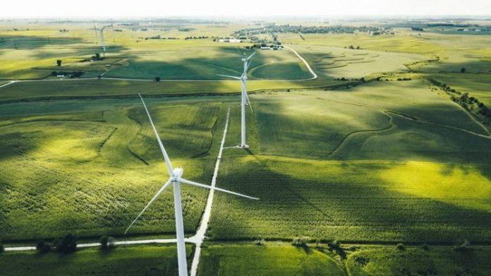 Avrupa'da Yenilenebilir Enerji, Fosil Yakıtları Geride Bıraktı