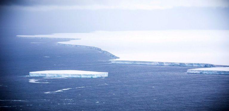 'Dünyanın en büyük buzul dağı' eriyerek yok oldu