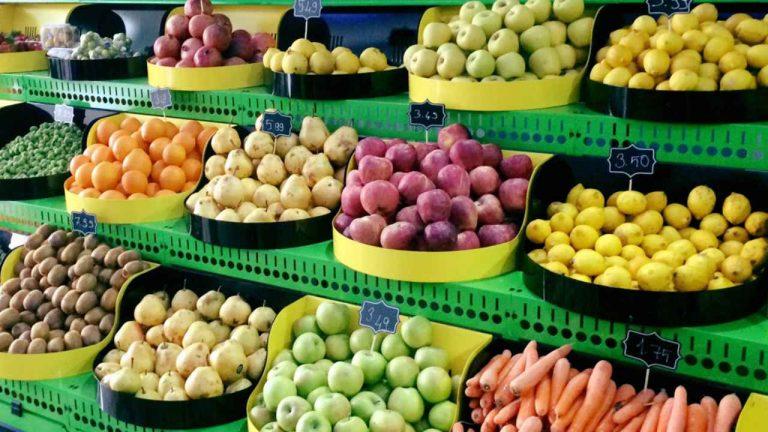 Ticaret Bakanlığı Açıkladı: 27 Meyve ve Sebzenin Açık Alanda Satışı Yasaklanıyor